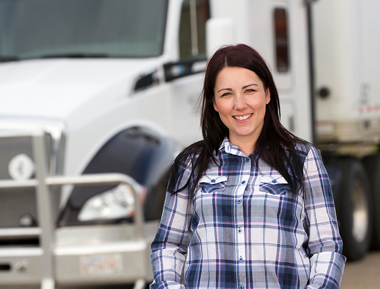 the trucking industry is in need of women drivers